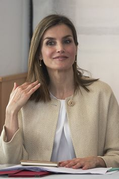 Pin for Later: Queen Letizia's Light-Colored Look Is More Refreshing Than a Breezy Summer Day And Also Wore a Pair of Dainty Drop Earrings