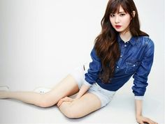 Seohyun of SNSD doing it right with denim, white, and red lipstick. <3