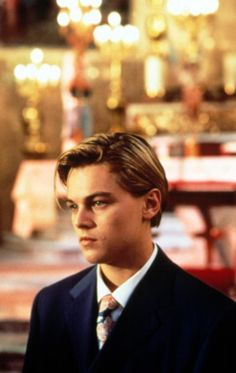 Leonardo Dicaprio in Romeo and Juliet Claire Danes, Beatles, Leonardo Dicaprio Romeo, Leonardo Dicaprio Hairstyle, Drew Barrymore 90s, Leo And Kate, Leonardo Dicapro, Leo Love, Memes Br
