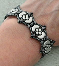 Linda's Crafty Inspirations: Bracelet of the Day: Fina Bracelet - Silver & Hematite