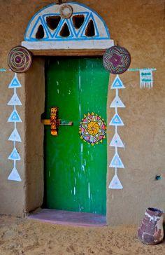 Aswan - Egypt The Nubian door Cool Doors, Unique Doors, Knobs And Knockers, Door Knobs, Deco Boheme, Door Gate, Bohemian House, Painted Doors, Closed Doors