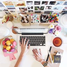 How cute is this desk set up?! Can't say how long those yummy macaroons would last though.. - AmieVictoria