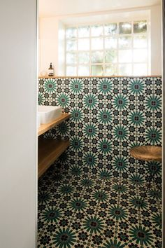 In the bathroom of the parents: cement tiles Mosaïc del sur, chosen by the owners Source by cotemaison