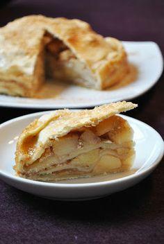 Herbstlicher Apfelstrudel-Kuchen