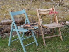 Our latest vintage folding chairs ready for hire.