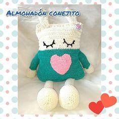 Remolino.regalos artesanales (@remolino.uy) • Fotos y videos de Instagram Dinosaur Stuffed Animal, Crochet Hats, Toys, Instagram, Animals, Craft Gifts, Knitting Hats, Activity Toys, Animales
