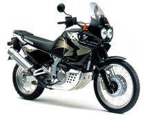 Bike of the Week -The Honda or Africa Twin motorcycle Honda Motorbikes, Honda Motorcycles, Cars And Motorcycles, Honda Africa Twin, 3rd Wheel, Classic Bikes, Sport Bikes, Twins, Retro