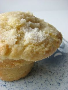 Lemon Crunch Muffins... Yummy looking!