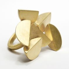 Bella Ring (Multiple) | Contemporary Rings by contemporary jewellery designer Sarah Straussberg