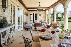 18 Incredible Outdoor Dining Spaces | 1stdibs