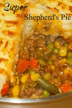 Low Unwanted Fat Cooking For Weightloss Super Shepherds Pie Is One Of My Familys Most Requested Recipes. This Ultimate Comfort Food Recipe Has A Rich Tasty Gravy, Ground Beef, Veggies Topped With Fluffy Mashed Potatoes. Easy Pie Recipes, Meat Recipes, Cooking Recipes, Recipes Dinner, Cooking Games, Vegetarian Recipes, Shrimp Recipes, Salmon Recipes, Top Recipes