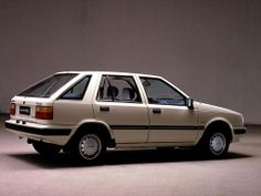 My second car. Hyundai Pony. This one I had had spoilers and sideskirts. Well, at the time I liked it a lot.