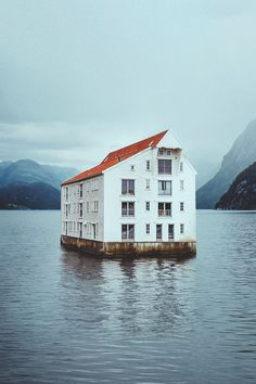 the floating house in norway- 'flate' photographed by andy pulmer. Beautiful Homes, Beautiful Places, Amazing Places, A Well Traveled Woman, Villa, Floating House, Floating Island, Unusual Homes, The Places Youll Go