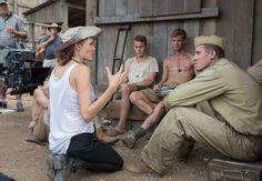 Angelina Jolie Entrevista - Angelina Jolie en 'Unbroken', lecciones de la vida, y el Ciclo Noticias