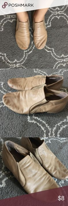 Tan slip on ballet flats Wear and tear, tan ballet slip on flats. Great with summer dresses ! Bloch Shoes Flats & Loafers