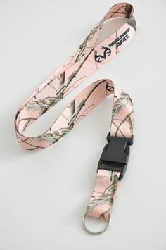 Realtree APC Pink Camo Neck Lanyards With Detachable Key Ring New picclick.com