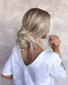 46 Platinum Pearl Blonde Hair Colors For Long Hair Hair Cute Simple Hairstyles, Cute Hairstyles For Medium Hair, Pretty Hairstyles, Stylish Hairstyles, Easy Hairstyles, Medium Blonde Hair, Hairstyle Ideas, Wedding Hairstyles, Amazing Hairstyles
