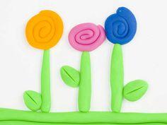 Klei voorbeelden - De 30 leukste ideeën om te maken van klei. Van bloemen maken van klei, tot dieren kleien en simpele ideeën om te kleien met peuters.