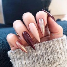 Never was a huge fan of long Stiletto nails; I don't know how anyone can function with their nails that long. It's just not practical! Classy Nails, Trendy Nails, Cute Nails, Long Nail Designs, Acrylic Nail Designs, Art Designs, Design Ideas, Fall Acrylic Nails, Burgundy Acrylic Nails