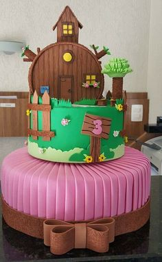 Bolo Fack, Birthday Cake, Christmas Ornaments, Holiday Decor, Disney, Alice, Home Decor, Bear Costume, Decoration Home