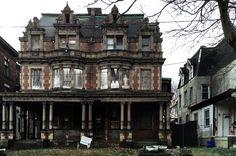 Abandoned mansion, Philadelphia, PA