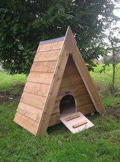 Duck Houses: Triangular Duck Box