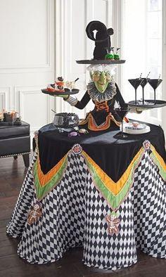 Spooky Halloween, Diy Halloween Party, Halloween Mignon, Table Halloween, Image Halloween, Halloween Table Decorations, Halloween Kitchen, Halloween Home Decor, Outdoor Halloween