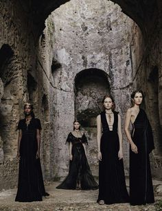 V Magazine: VALENTINO (Haute Couture Fall/ Winter 2015-16) -...