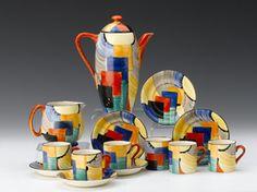 Susie Cooper coffee set great design and a great lady. Art Deco Period, Art Deco Era, Vintage Pottery, Pottery Art, Art Nouveau, Archibald Knox, Susie Cooper, Coffee Set, Vintage China