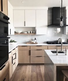 Most Popular Two Tone Kitchen Cabinets for 2018 - These minimalist kitchen i. Most Popular Two Tone Kitchen Cabinets for 2018 – These minimalist kitchen ideas are equal co Home Decor Kitchen, Interior Design Kitchen, Home Kitchens, Kitchen Dining, Kitchen Ideas, Kitchen Designs, Narrow Kitchen, Kitchen Wood, Kitchen Trends