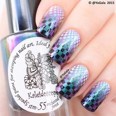 Stamping design with duo-chrome stamping nail polish Kaleidoscope stm-55…