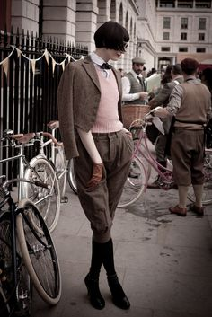 London Tweed Run | Love this to death except the pleats in the trousers