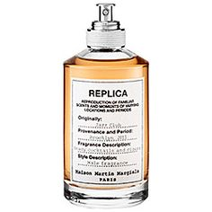 MAISON MARTIN MARGIELA 'REPLICA' Jazz Club  the masculine and exhilarating ambiance of a Brooklyn jazz club. The balmy base scent of musk, vanilla, tonka bean, vetiver, and tobacco leaves combine to evoke a familiar but forgotten moment—a night's sojourn to a hidden jazz club.