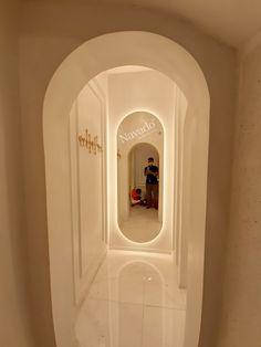 Mirror body Full Body Mirror, Luxury Mirror, Mirror Art, Art Decor, Living Room Decor, Modern, Home, Design, Drawing Room Decoration