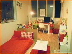 Apartment Interior, Room Interior, Interior Design Living Room, Small Room Bedroom, Living Room Bedroom, Bedroom Decor, Bedroom Workspace, Japanese Apartment, Japanese Interior Design