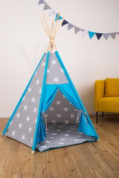 hellblaues zelt selber bauen zelt tipi n hen teepee. Black Bedroom Furniture Sets. Home Design Ideas