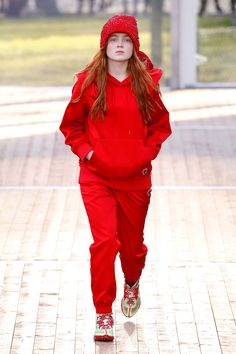 Paris Fashion Week The best celebrity street style, party photos and front row looks Paris Fashion, Runway Fashion, Fashion News, Major Models, Western Girl, Dressing, Sadie Sink, Fashion Week 2018, Queen
