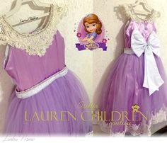 3c4cf61cb2 Vestido princesa Sofia. O vestidos acima de 5 anos possui acréscimo de  valores. Vestido