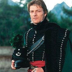 What's happened to Sean Bean? Troubled actor looks dishevelled and bloodied as… Sean Bean, Mel Gibson, Sean Connery, Men In Uniform, Napoleonic Wars, Clint Eastwood, Cosplay, Green Jacket, Kevin Costner