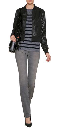 Liegen irgendwo zwischen Skinny und Straight-Leg - die Slim Straight Jeans, die die französische Stilikone Charlotte Gainsbourg für die Denim-Marke Current Elliott entworfen hat #Stylebop
