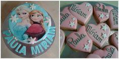 CUMPLEAÑOS PAULA Y MIRIAM #pastel de #frozen con #frutosdelbosque y #yema  #galletasdecoradas con los #nombres de estas dos #gemelas tan especiales que cumplían 17 años www.pastisseriachic.com