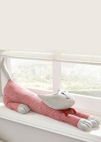no pattern, think I could dupe something similar for Sarah Doorstop Pattern, Cat Pattern, Dog Crafts, Sewing Crafts, Sewing Projects, Door Draught Stopper, Draft Stopper, Cat Quilt, Best Pillow