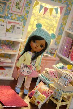 ♥ NEW DIORAMA PATCHWORK STORE ♥     For around 16 cm doll like Lati yellow, Middie Blythe, Puki fee , odeco and nikki , licca , enyo , etc....