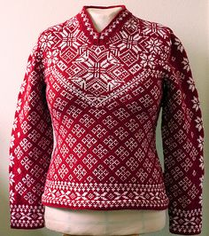 Ravelry: ifdefelseif's Julia Test Knit