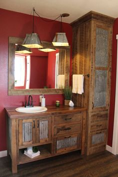 60 Fantastic Farmhouse Bathroom Vanity Decor Ideas And Remodel. If you are looking for 60 Fantastic Farmhouse Bathroom Vanity Decor Ideas And Remodel, You come to the right place. Rustic Bathroom Designs, Rustic Bathroom Vanities, Rustic Bathroom Decor, Rustic Decor, Bathroom Ideas, Barn Bathroom, Small Rustic Bathrooms, Bathroom Organization, Rustic Home Design