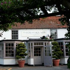 DESIGNRESTAURANTS The Fox and Hounds Restaurant & Bar - Englefield Green, Surrey | Club offers available