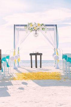 Marvelous Beach Wedding Aisle Ideas & Inspiration https://bridalore.com/2017/04/21/beach-wedding-aisle-ideas-inspiration/