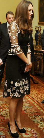 Kate Middleton ~ LOVE that dress!!