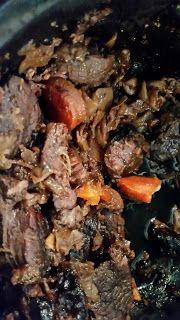 Sadepäivän pisaroita Pot Roast, Beef, Ethnic Recipes, Food, Carne Asada, Meat, Roast Beef, Essen, Meals