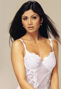 Beautiful Bollywood actress Shilpa Shetty